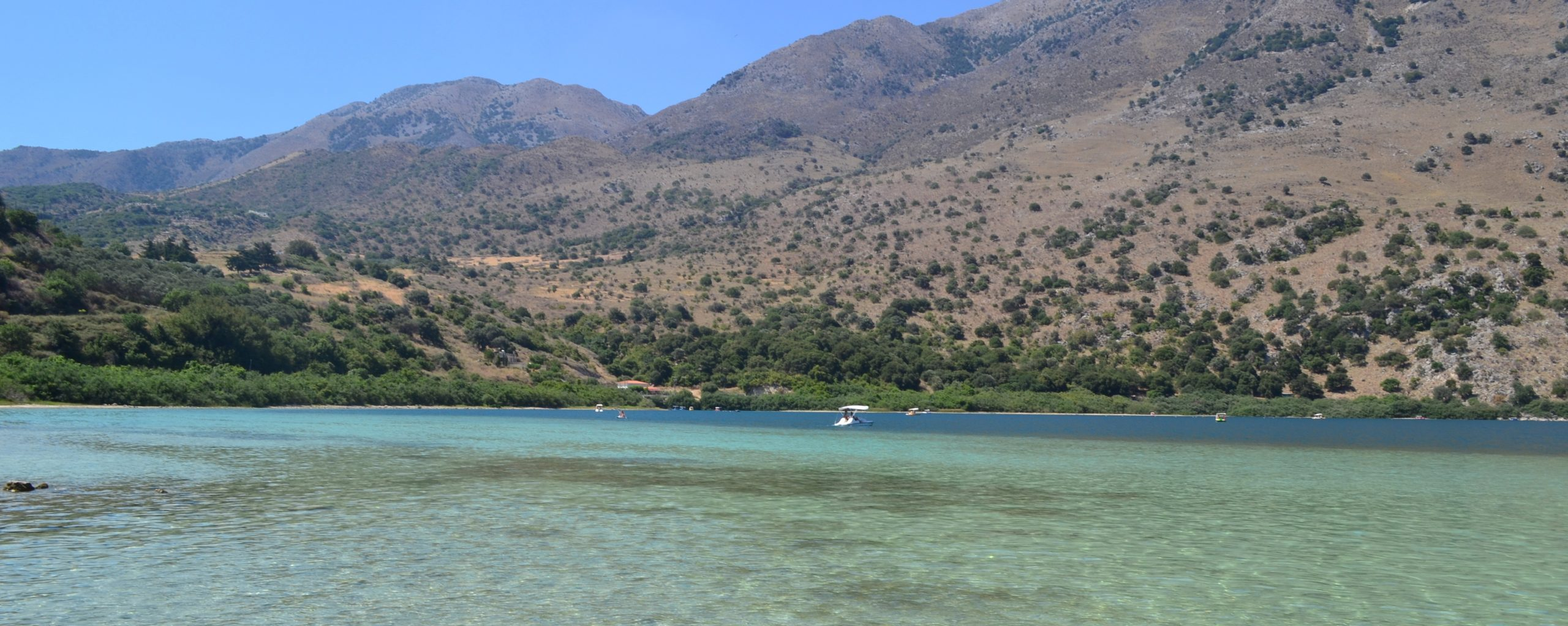 Пресноводное озеро Курнас на Крите