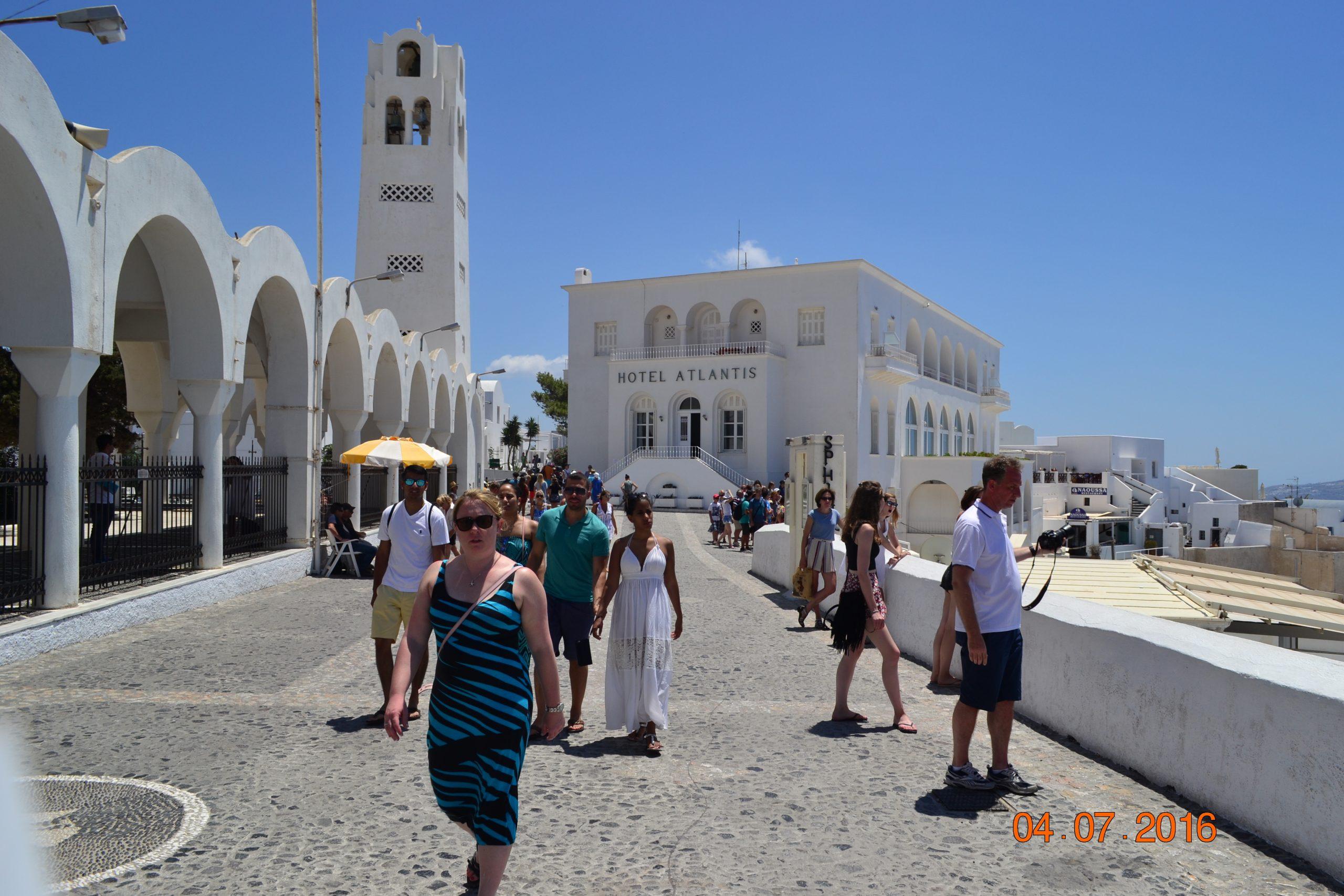 Отель Atlantis 4* на Санторини (Фира)