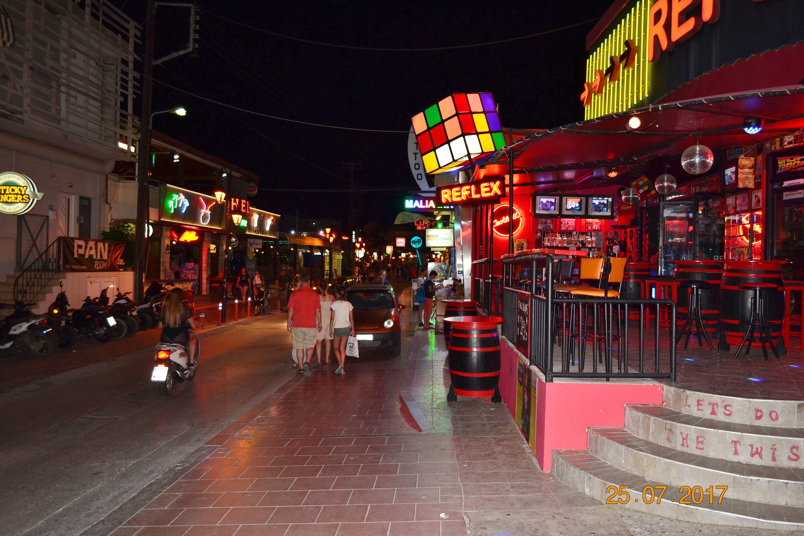 Ночная Малия - Ибица в Греции